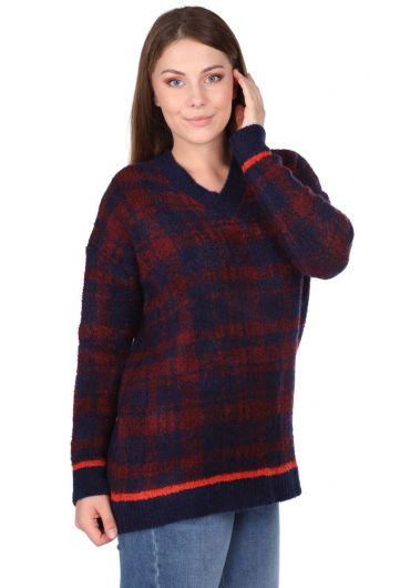 Женский темно-синий свитер с V-образным вырезом в клетку - Thumbnail