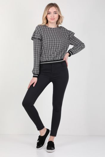 Женская блузка с оборками в клетку - Thumbnail