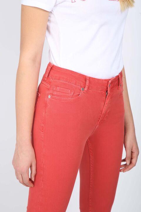Женские красные длинные расклешенные джинсовые брюки