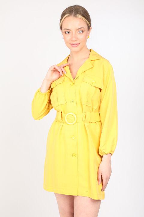 فستان بياقة الحزام الأصفر للمرأة