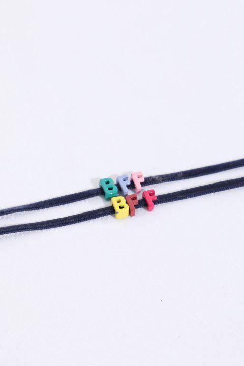 Женский тонкий браслет с мини-буквами