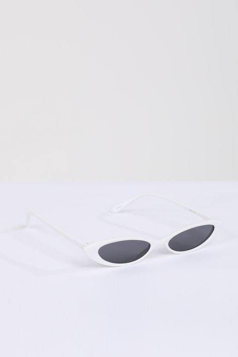 نظارة شمسية ريترو بيضاء للنساء