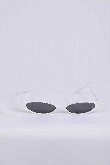 Женские белые солнцезащитные очки в стиле ретро - Thumbnail