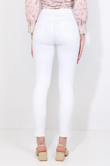 BLUE WHITE - Women's White Slit Skinny Jeans (1)