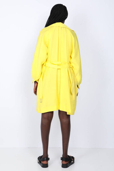 BLUE WHITE - Women's Yellow Short Trench Coat (1)