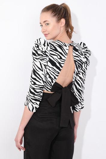 Women's Zebra Pattern Tied Back Crop Blouse - Thumbnail
