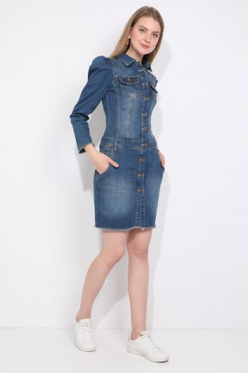 فستان جينز نسائي مزين بأزرار وأكمام مزينة بطيات - Thumbnail