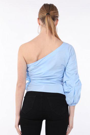 Женская синяя блуза с одним рукавом и оборками - Thumbnail