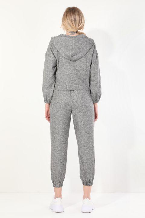 Женский серый спортивный костюм-джоггер с капюшоном