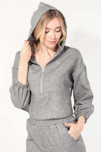 MARKAPIA WOMAN - Women's Gray Hooded Jogger Tracksuit Set (1)
