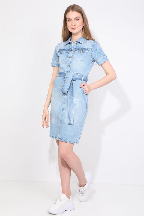 Женское голубое джинсовое платье