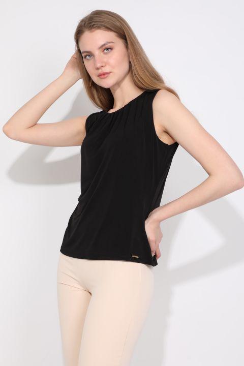 Women's Collar Pleated Sleeveless Blouse Black