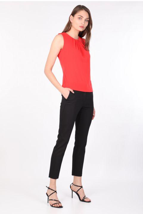 Женская блуза без рукавов со складками и воротником оранжевая