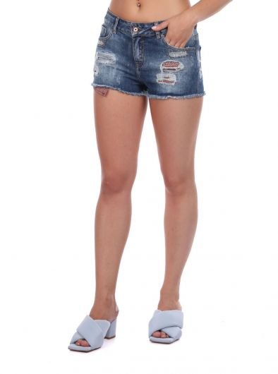 BLUE WHITE - Women's Ripped Detailed Jean Shorts (1)