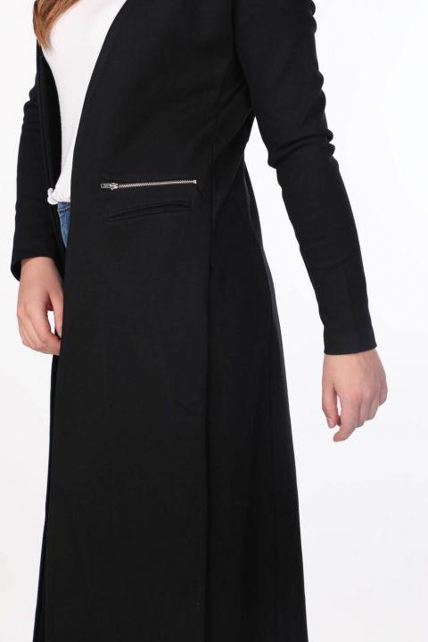 Siyah Yırtmaçlı Uzun Kadın Hırka