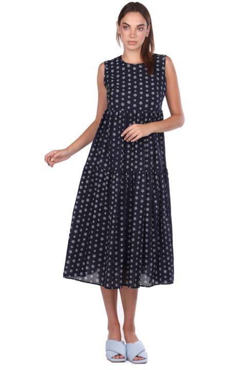 فستان منقوش من ماركابيا بدون أكمام